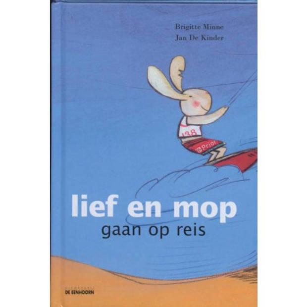 Lief En Mop Gaan Op Reis
