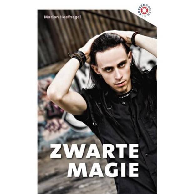 Zwarte Magie - Boeken Boeien