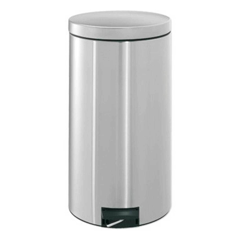 Brabantia Silent Pedaalemmer 45 Liter Met Kunststof Binnenemmer - Matt Steel Fingerprint Proof