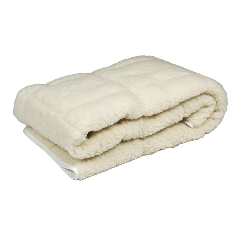 Deze onderdeken is een ideale en comfortabele matrasbeschermer, gevuld met 100% zuivere texelse scheerwol. ...