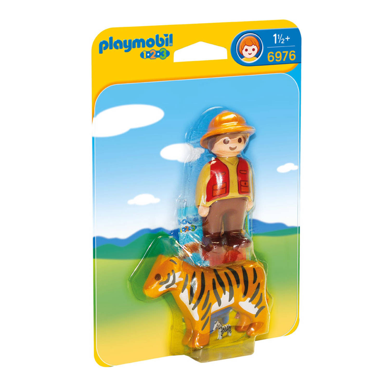 1.2.3 - Ranger met tijger