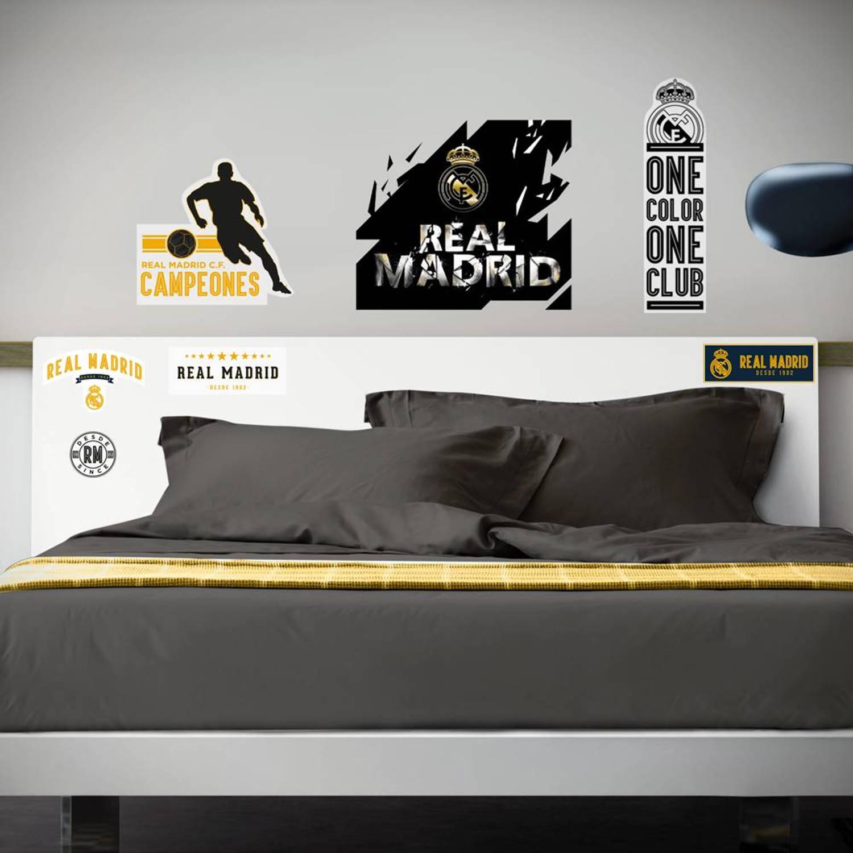 Real Madrid Logo Premium - Muursticker - 120 x 90 cm - Multi