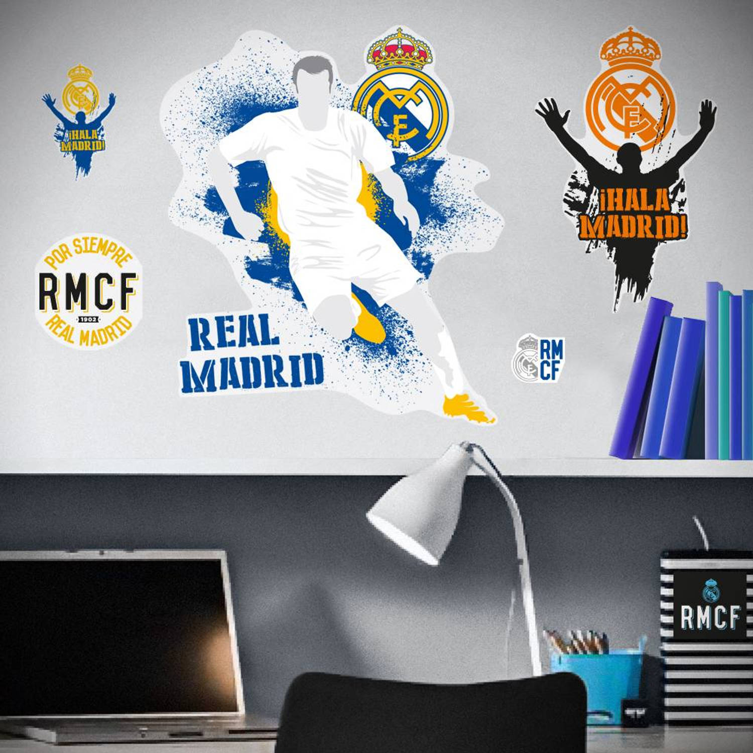 Real Madrid Logo Urban - Muursticker - Multi