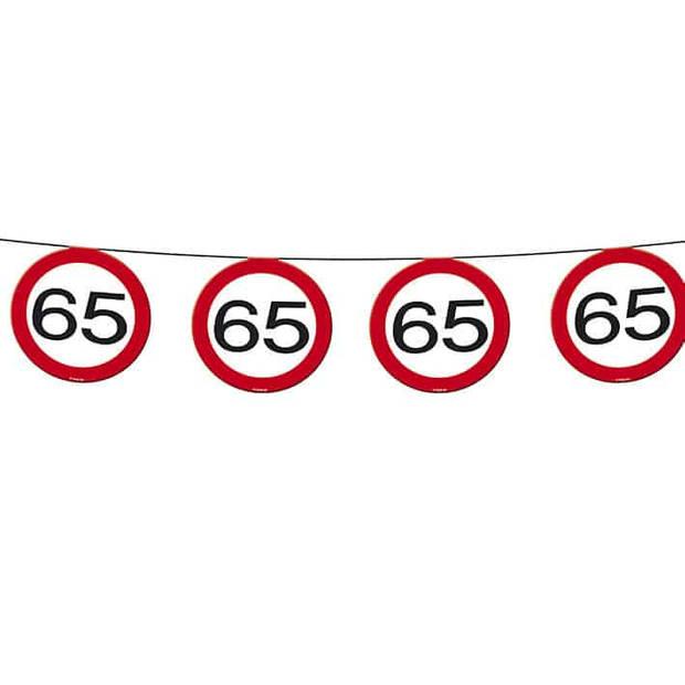 Vlaggenlijn verkeersbord 65