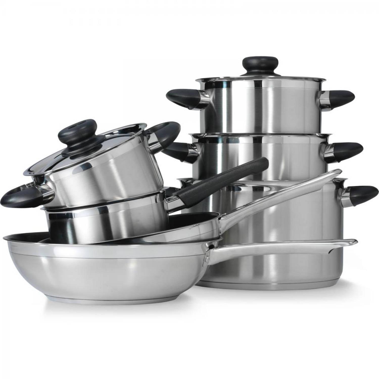De karaat  pannenset is 7 delig en bestaat uit 3 kookpannen (ø 16, 18, 20 cm), een steelpan zonder deksle (ø ...