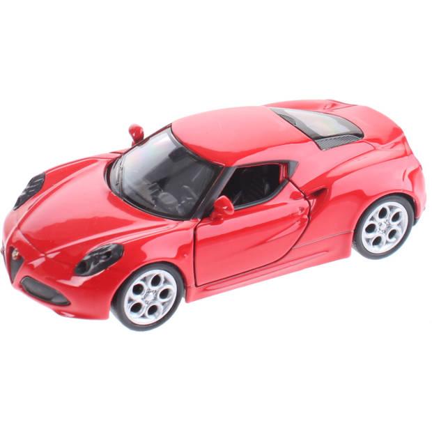 Welly miniatuur Alfa Romeo 4C rood