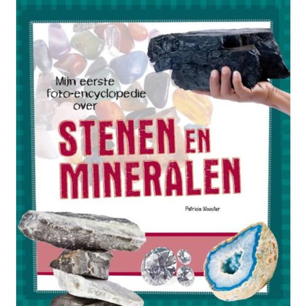 Stenen En Mineralen - Mijn Eerste Foto