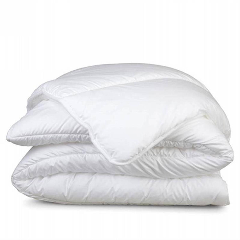 Snoozing Swiss Dreams synthetisch dekbed - Micro-gel polyester vezel - 2-persoons (200x200 cm) - Enkel