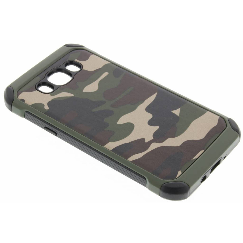 Groen Army defender hardcase hoesje voor de Samsung Galaxy J7 (2016)