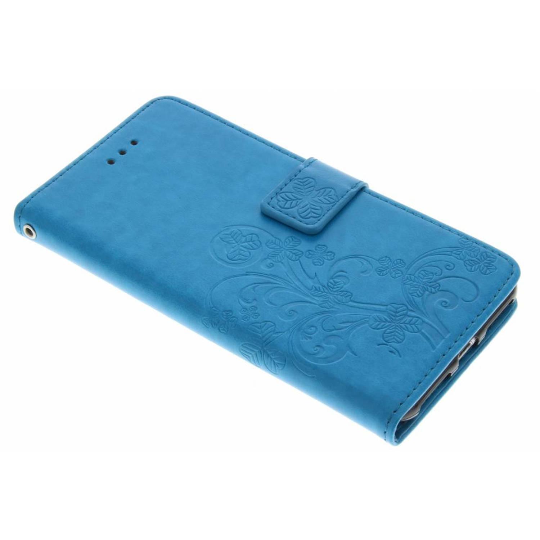 Turquoise klavertje bloemen booktype hoes voor de iPhone 8 Plus / 7 Plus