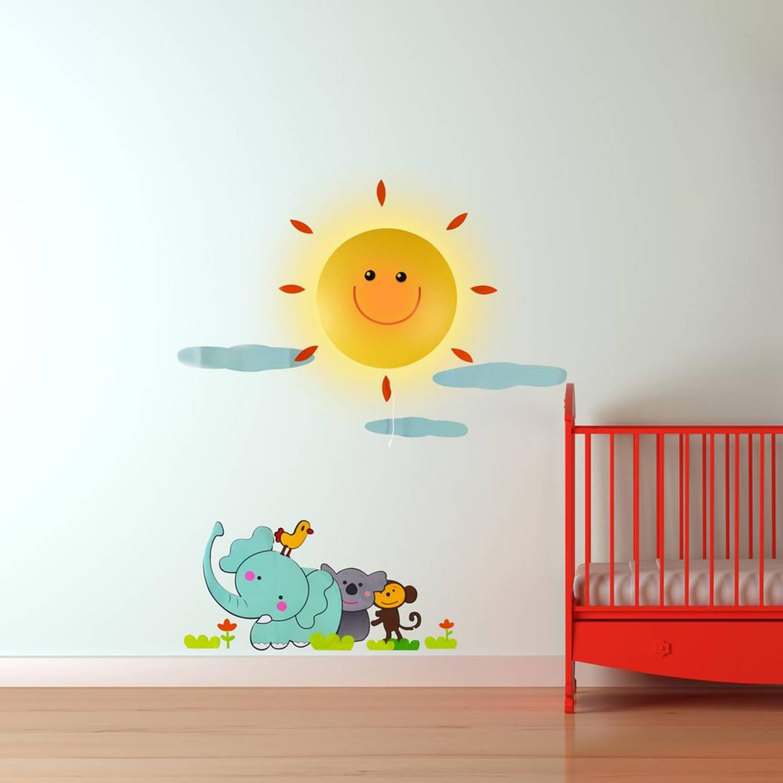 Led lamp met muur sticker zonneschijn