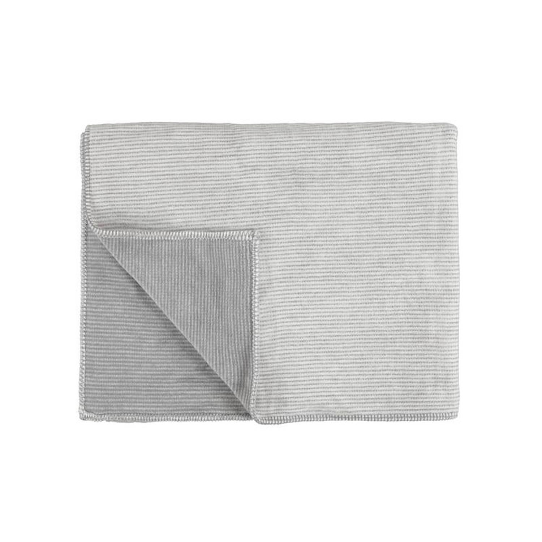 Marc O'Polo Marc O'Polo Zarr fleece plaid - 58% katoen - 35% acryl - 7% polyester - 150x200 cm - Grey