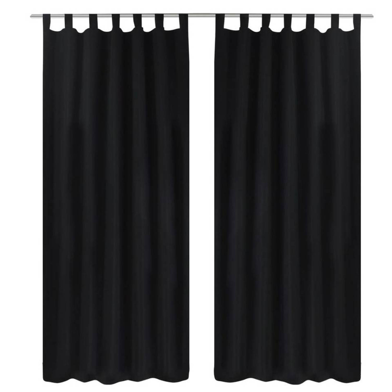 https://www.blokker.nl/p/micro-satijnen-gordijnen-met-ringen-140-x-245-cm-2-stuks-zwart/1782531/images/full/1782531_001.jpg