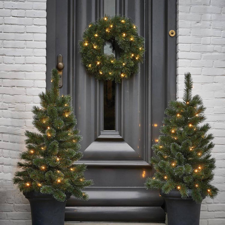 Black Box Glendon Set van 2 kerstbomen en kerstkrans LED