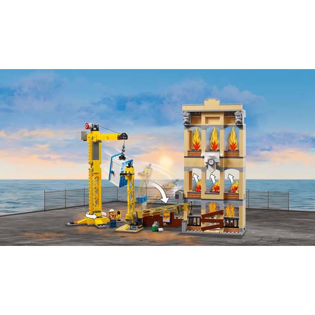 LEGO City Brandweerkazerne in de stad 60216