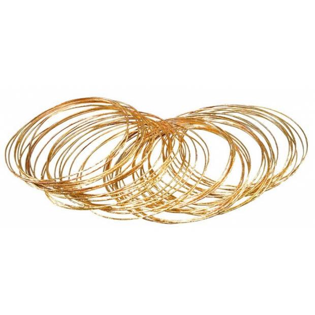 50x stuks gouden verkleed plastic armbanden - Verkleedsieraden