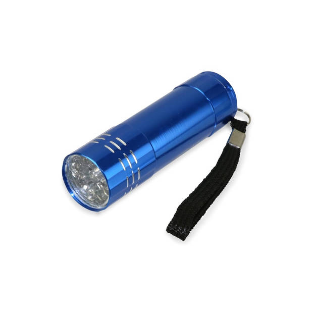Grundig batterijen LR03 AAA alkaline 24 stuks + zaklamp