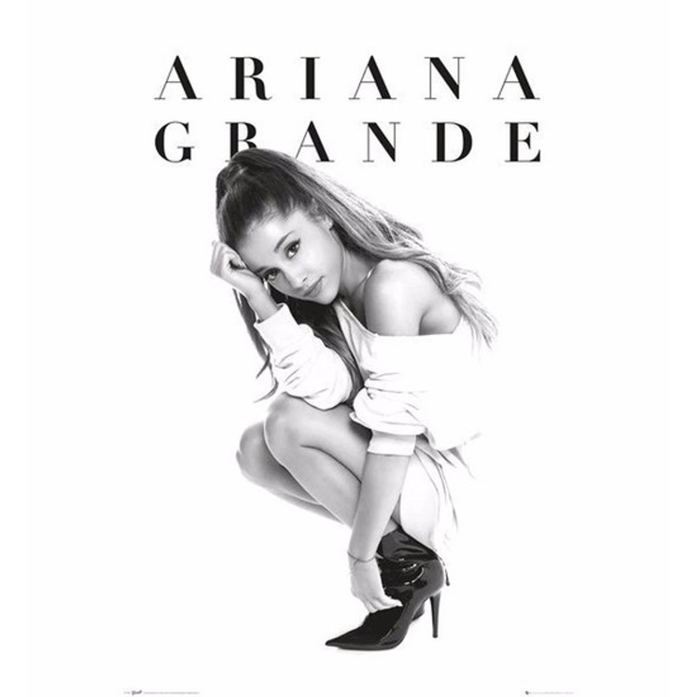 Poster Ariana Grande 61 X 91 Cm