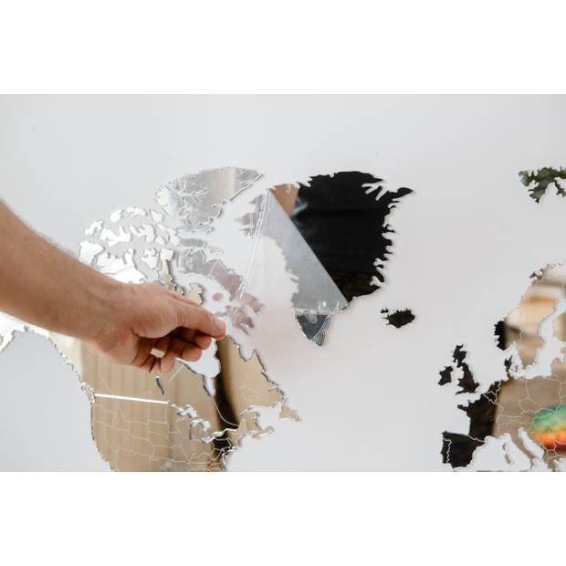 MiMi Innovations Luxe Spiegel Wereldkaart - Muurdecoratie - 90x54 cm/35.4x21.4 inch – Spiegel