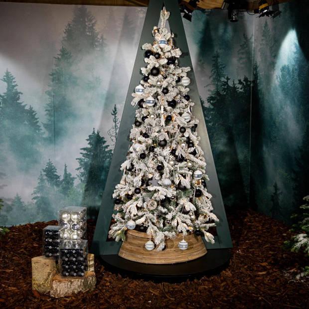 Kerstboom Excellent Trees® LED Varberg Green 150 cm - Luxe uitvoering - 170 Lampjes