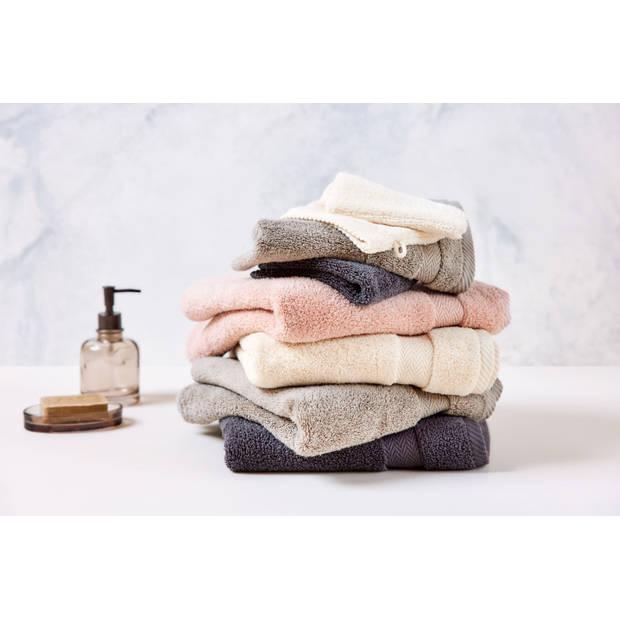 Blokker handdoek 600g - beige - 60x110 cm