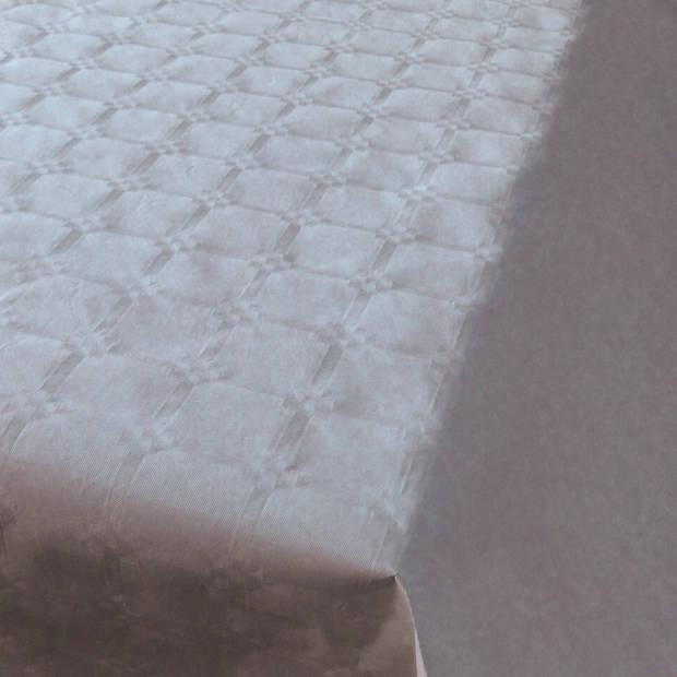 Zilver papieren tafellaken/tafelkleed 800 x 118 cm op rol - Zilveren thema tafeldecoratie versieringen