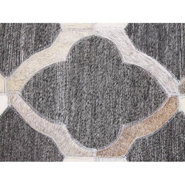 Beliani ROLUNAY Vloerkleed Koeiehuid leer 160 x 230 cm