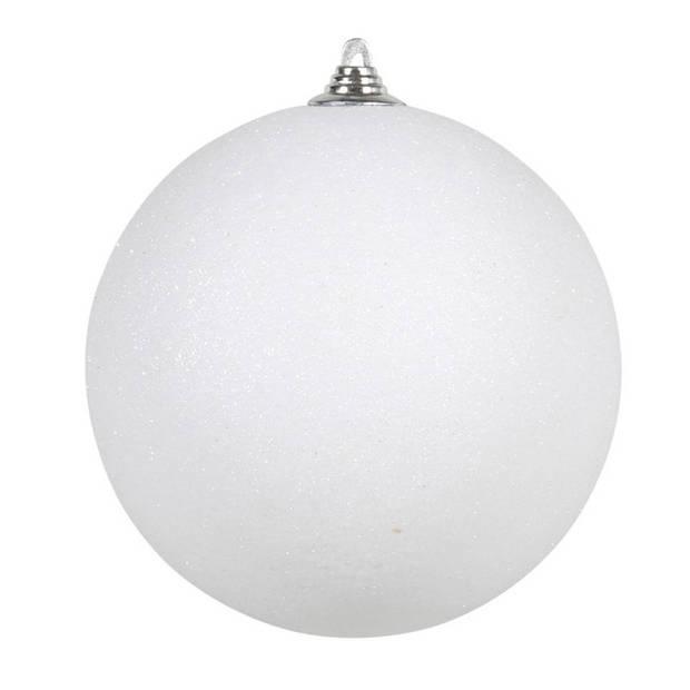 2x Witte grote decoratie glitter kerstballen 25 cm - hangdecoratie / boomversiering glitter kerstballen