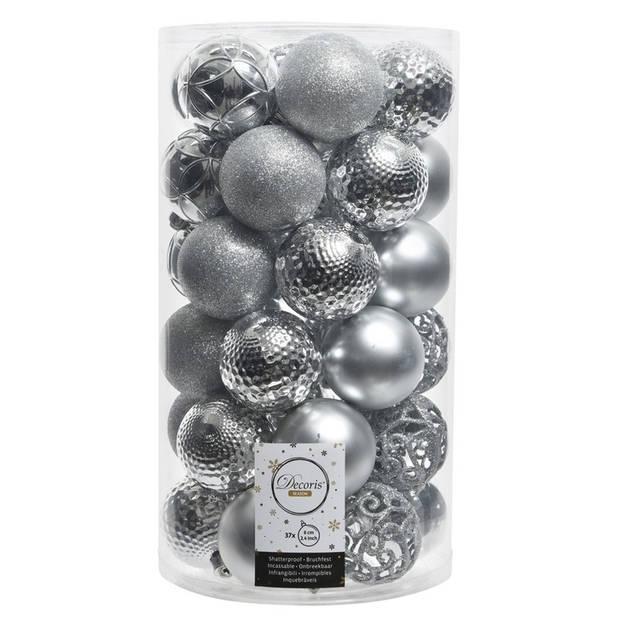 37x Zilveren kunststof kerstballen 6 cm - Mix - Onbreekbare plastic kerstballen - Kerstboomversiering zilver