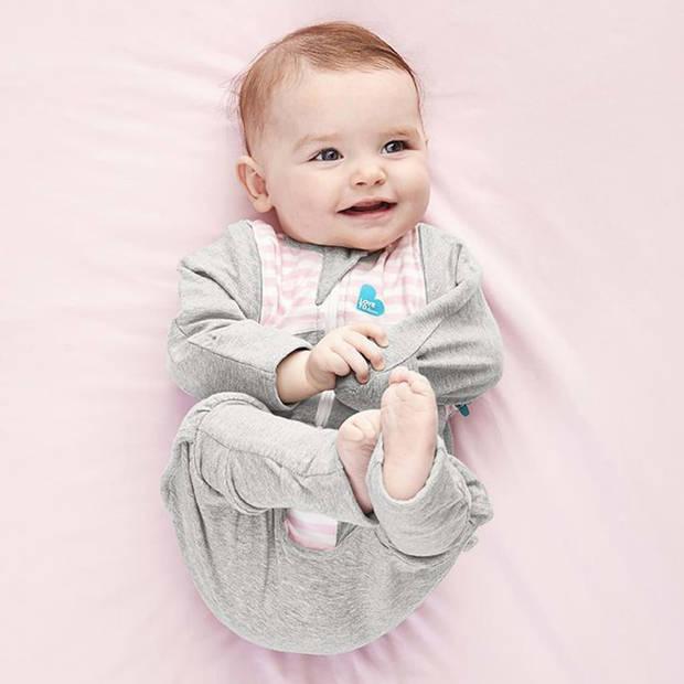 Love to Dream Babydoek Swaddle Up Transition Suit fase 2 M roze