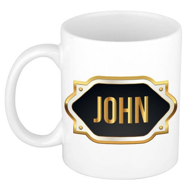 John naam cadeau mok / beker met gouden embleem - kado verjaardag/ vaderdag/ pensioen/ geslaagd/ bedankt