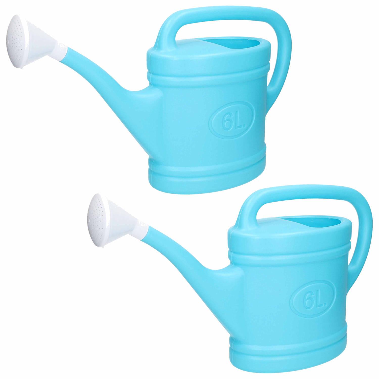 2x Stuks Lichtblauwe Tuin Planten Gieter Met Broeskop 6 Liter Planten Water Geven Kunststof 53 X 15 X 32 Cm