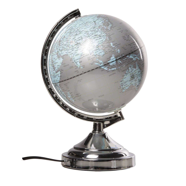 Decoratie Wereldbol Globe Zilver Met Verlichting Op Metalen Voet Standaard 20 X 32 Cm Landen Contintenten Topografie Blokker